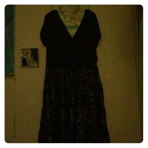 Semi-formal cocktail dress. Size 20.